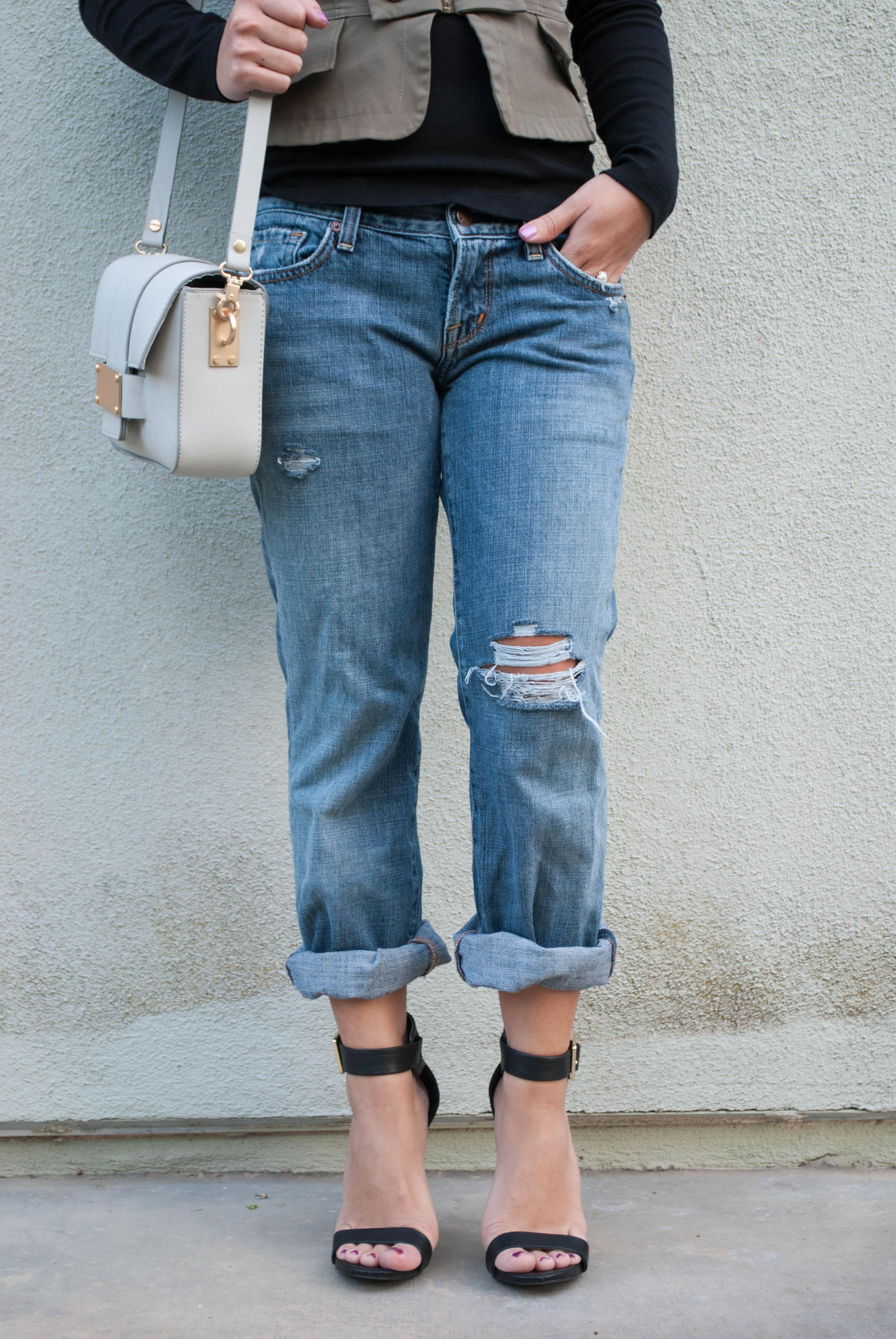 Diy Distressed Boyfriend Jeans In 10 Easy Steps Inspire Me